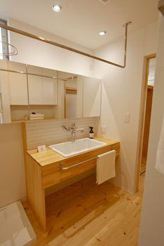 _MG_2227 Baths Interior, Room Interior, Bathroom Images, Small Bathroom, Washroom, Home Living Room, Corner Bathtub, Powder Room, Building A House