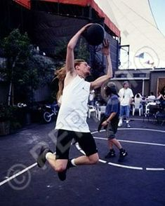 Jerry Cantrell, Alice In Chains, Running, Concert, People, Wonderland, Bands, Keep Running, Recital