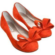 Cor chamativa. laranja muito lindo •