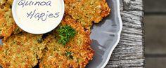Quinoa hapjes, mmm! Bloem vervangen door rijstemeel en ze zijn glutenvrij:)