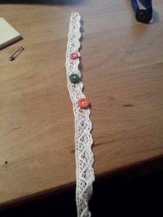 Voici un petit bracelet réalisée  par moi même . N'hésitez pas à me dire ce que vous en pensez dans les commentaires ♡♡
