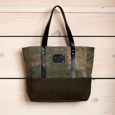 Leather totes get auto-love from me.