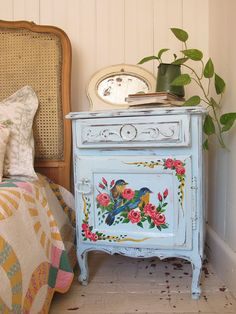 Very cute idea - more muted tones on a white or cream background with sparrows or wrens/ other brown birds, with some gilding? Could be pretty!