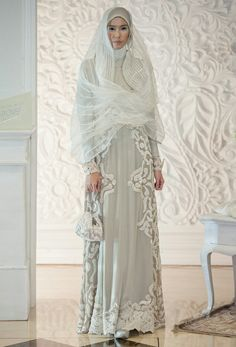 Irna La Perle, Luminescence – The Actual Style Modest Fashion, Hijab Fashion, Fashion Dresses, Casual Hijab Outfit, Casual Dresses, Hijab Trends, Muslim Dress, Islamic Fashion, Modest Wedding Dresses