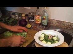 How to Make The Giant Cancer-Fighting Salad. Chris Wark (Chris Beat Cancer) - Leggings Are Pants Raw Food Recipes, Healthy Recipes, Healthy Food, Beat Cancer, Colon Cancer, Esophageal Cancer, Natural Cancer Cures, Natural Remedies, Cancer Fighting Foods
