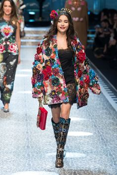 Dolce & Gabbana | Ready-to-Wear - Autumn 2017 | Look 54Dolce & Gabbana's Social Media Panoply | Fashion Show Review,Dolce & Gabbana's Social Media Panoply In this climate, the designers' all-embracing shtick had a sting: their catwalk was alive with diversity, sizes, shapes, ages and races. COLLECTION TRENDS  Lace Animal Floral  Ready-to-Wear - Autumn 2017 | BoF