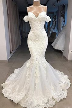 Amazing Sweetheart Appliqued Mermaid Wedding Dress-Cheap Wedding Dress Discover mermaid wedding dress, elegant wedding dresses online, cheap wedding gowns for women and find your perfect dress online today! Wedding Dress Trends, Sexy Wedding Dresses, Elegant Wedding Dress, Cheap Wedding Dress, Bridal Dresses, Lace Dresses, Dress Lace, Gown Wedding, Modest Dresses