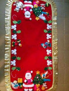 bucilla dropping in felt christmas ornaments kit click image to close - PIPicStats Felt Christmas Decorations, Felt Christmas Ornaments, Christmas Art, Christmas Projects, Christmas Holidays, Diy And Crafts, Christmas Crafts, Vintage Christmas Stockings, 242