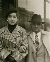 Maria Callas e seu esposo Giovanni Battista Meneghini.  Anos de 1950.