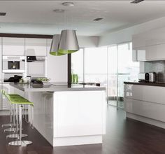 http://www.arena-kitchens.co.uk/trend-interiors/handlelesss-white-gloss.jpg