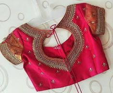 Blouse Designs Saree Blouse Neck Designs Wedding Saree 30 Latest Trending Silk Saree Blouse Designs 2019 Update Creative Back Neck Designs For Silk Saree Blouses Silk 15 Traditional Blouse Back Neck D Indian Blouse Designs, Pattu Saree Blouse Designs, Simple Blouse Designs, Stylish Blouse Design, Blouse Back Neck Designs, Bridal Blouse Designs, Blouse Silk Saree, Blouse Designs Embroidery, Pattern Blouses For Sarees
