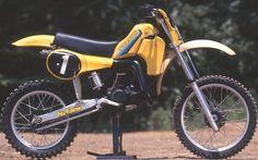 Dirt Cool » 2010 » 9月 Suzuki Dirt Bikes, Suzuki Motocross, Motocross Racing, Motocross Bikes, Vintage Motocross, Vintage Bikes, Vintage Motorcycles, Motocross Stickers, Dirtbikes