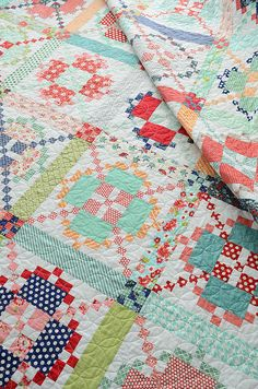 APQ quilt with Camille Roskelly fabrics