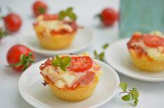 Receptek a kategóriában Pizzás muffin. Válaszd ki a legjobb receptet a receptmuhely.hu adatbázisából és élved a finom ételek ízét.