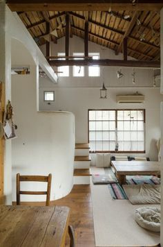 Apartment: Modern Architecture and Scandinavian Interior Design of A Bright Apartment Japanese Interior Design, Japanese Home Decor, Scandinavian Interior Design, Japanese House, Scandinavian Style, Attic House, House Rooms, Bright Apartment, Home Design Plans
