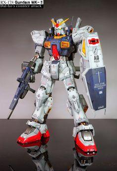 GUNDAM GUY: PG 1/60 RX-178 Gundam Mk-II A.E.U.G. - Customized Build