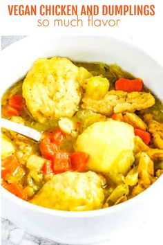 This delicious Vegan Chicken And Dumplings recipe taste so amazing! The perfect comfort stew that is bursting with flavor in every bite! Soup Recipes, Vegetarian Recipes, Chicken Recipes, Dinner Recipes, Healthy Recipes, Vegan Soups, Casserole Recipes, Chicken Casserole, Cookbook Recipes