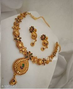 Checkout this latest Jewellery Set Product Name: *Halltree Wedding Women Necklace Set* Easy Returns Available In Case Of Any Issue   Catalog Rating: ★4 (483)  Catalog Name: Sizzling Bejeweled Women Necklaces & Chains CatalogID_1992063 C77-SC1092 Code: 872-10812062-177