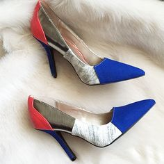 SALE❗️Colorblock Pointed Toe Pumps New never worn. Minor mark at toe and heel but that's how received, otherwise excellent condition. Lots of details in this show, colorblock pointed toe heels with blue orange and white, with embossing allover except on blue areas, which is like a brushed leather. ❌NO TRADES OR PAYPAL❌ Qupid Shoes Heels