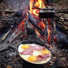 The Bushcraft Cave — Breakfast… Camp Fire Style.. @bushcraftturk...