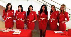 Nuestras chicas preparadas para recibir a los invitados de Prensa en el evento de Santander de Jóvenes Promesas 2013