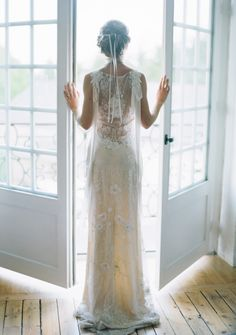 Claire Pettibone 'Aphrodite' wedding dress, An Earthly Paradise | Photo: Sylvie Gil featured on Style Me Pretty http://www.clairepettibone.com/aphrodite
