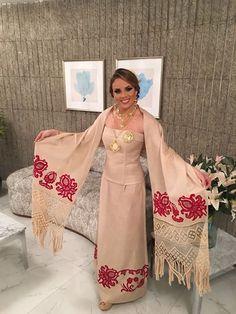 SRM CALLE ARRIBA MA. LAURA Apertura de la Gala Viva Panamá. Señorita Panamá.