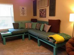 Pallet Sectional Daybed, add wheels to convert it into a king
