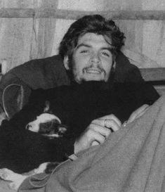 Che Guevara with a puppy. Che Guevara with a puppy. Famous Pictures, Pictures Images, Hd Photos, Top 14, Karl Marx, Che Guevara Photos, Wallpapers En Hd, Ernesto Che Guevara, African Babies