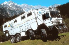 Heavy Off Road Motorhome Bus Camper, Cool Trucks, Big Trucks, Motorhome, Hors Route, Off Road Camping, Bug Out Vehicle, Cool Campers, Expedition Vehicle
