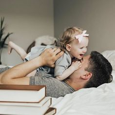 All is calm, all is bright. Until the pacifier falls out and she starts screaming.🤦🏼♀️ In other news, how adorable is this Cute Family, Family Goals, Beautiful Family, Family Life, Father Daughter Photography, Father Daughter Photos, Little Babies, Cute Babies, Baby Photos