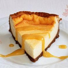 Gâteau au fromage blanc et crème de calisson © Souade Ben