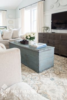 27 Comfy Farmhouse Living Room Designs To Steal 11 Living Room Decor Small Living Rooms, My Living Room, Home And Living, Living Room Designs, Living Spaces, Modern Farmhouse Living Room Decor, Modern Living, Modern Room, Farmhouse Design