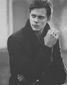 Bill Skarsgard as Hemlock Grove's Roman Godfrey. He is a Bad Bad boy.but still loves kitty cats and his little sister, perfect! Hemlock Grove Roman, Bill Skarsgard Hemlock Grove, Skarsgard Brothers, Roman Godfrey, Youtubers, Pose, Cinema, Dominic Cooper, Attractive People