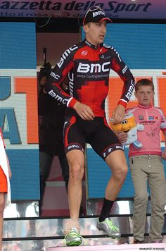 Giro d'Italia (2012) Photos; Stage 3: Horsens → Horsens, 190 km - Although he didn't cross the line, Taylor Phinney (BMC) hobbled on stage to receive his third Pink Jersey!