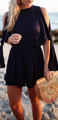 summer+outfit+idea+black+dress+++bag