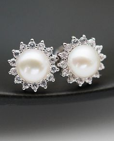 White shell based pearl Earrings