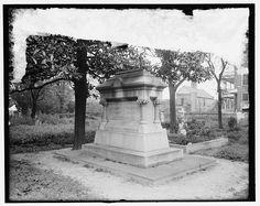 [Tomb of John C. Calhoun, Charleston, S.C.]