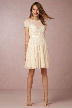 Robe de mariée civile avec les manches courtes