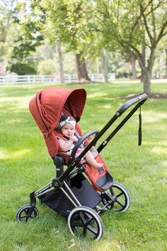Project Nursery test-drives the new Cybex Priam Stroller - love the modern, sleek design! #PNpartner