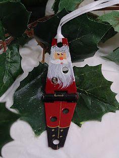Hinge Santa