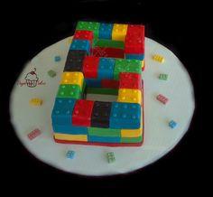 lego 6 - Cake Decorating Community - Cakes We Bake