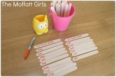 Read and Sort Word Families with POPSICLE STICKS!  FUN and EASY!
