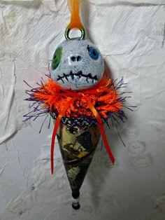 Halloween Ornament OOAK Paperclay Handmade by Treasuresnwhimsy