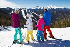 Ski Season Features Families at Keystone Resort in Colorado - Stress-Free Baby Ski Vacation, Vacation Deals, Vacation Spots, Keystone Ski Resort, Ski Deals, Vail Resorts, Stations De Ski, Skier, Beste Hotels