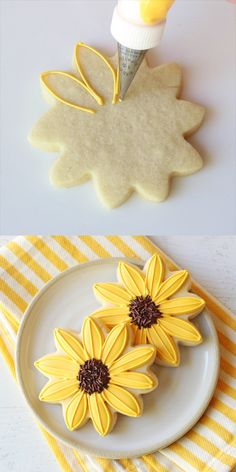Simply the PERFECT Sugar Cookie Recipe! These cookies are soft & delicious, easy to cut and keep their shape! The only sugar cookie recipe you'll ever need! Fall Cookies, Iced Cookies, Easter Cookies, Sugar Cookies Recipe, Royal Icing Cookies, Cookies Et Biscuits, Cookie Recipes, Birthday Cookies, Icing Recipes