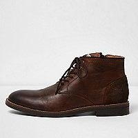 Step into spring/summer with our range of men's boots. From classic Chelsea boots to Chukka boots and military boots, shop all men's boots here. Brown Chukka Boots, Leather Chukka Boots, Brown Leather Boots, Leather Shoes, River Island Boots, Men's Shoes, Shoe Boots, Dress Suits For Men, Boots For Sale