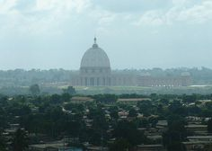 Nuestra Señora de la Paz, Costa de Marfil - 8.000 metros cuadrados