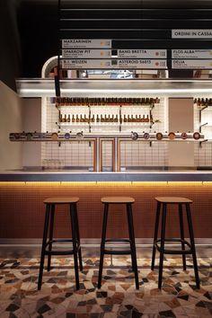 Inside Birrificio Italiano Beer Bar in Milan - Archlovin' Pub Interior, Brewery Interior, Best Interior, Interior Design, Brewery Design, Restaurant Design, Brewery Restaurant, Tap Room, Craft Bier