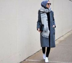 Sporty hijab style - Street styles hijab looks http://www.justtrendygirls.com/street-styles-hijab-looks/